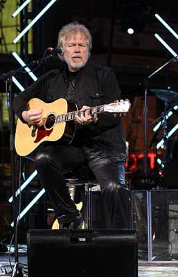 308Px-Randy Bachman In 2009