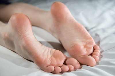 Feetmain1