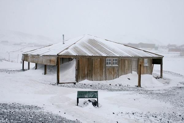 800Px-Scotts Hut Antarctica