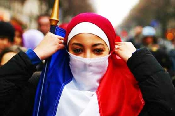 French-Think-Muslims-As-Threat-To-Their-Identity