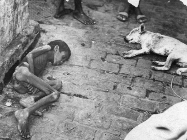 Bengal Famine 1943 Photo