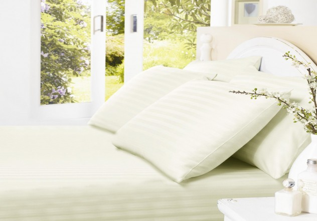 satin_stripe_ivory_fitted_sheet
