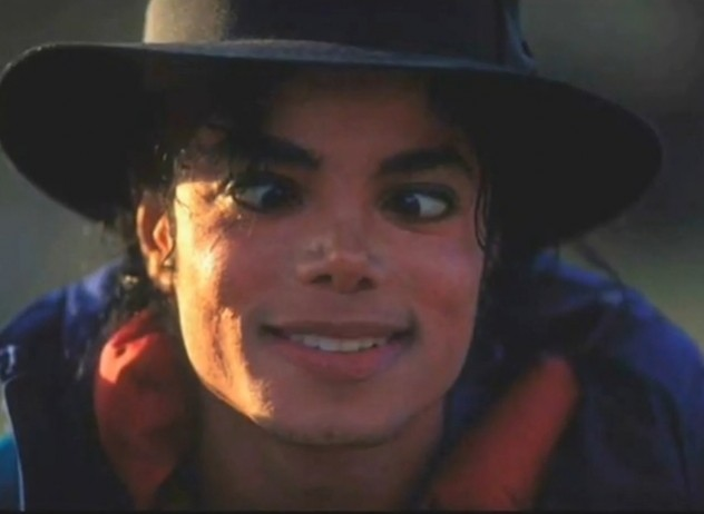 very-funny-faces-michael-jackson-33427638-