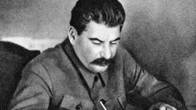 A fome forçada de Stalin