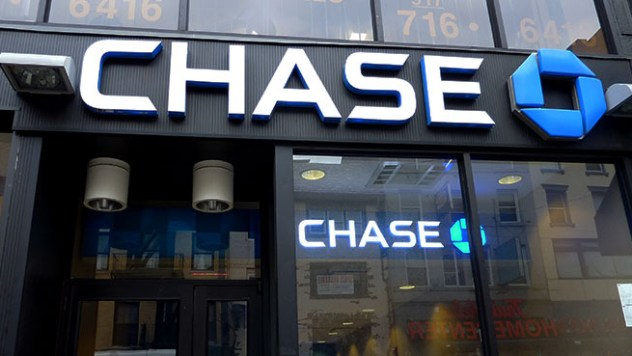 Chase-Bank-Court-Street