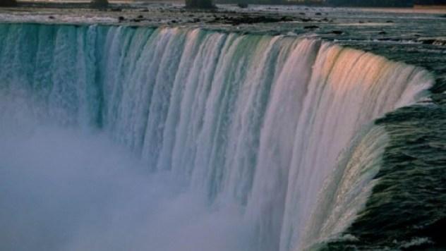 niagara-falls-canada-1