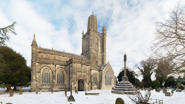 St_Mary's_Church_Yatton_wide_view