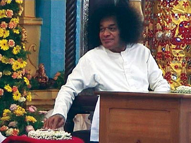 4_HE-BIRTH-OF-RADIO-SAI_SWAMI