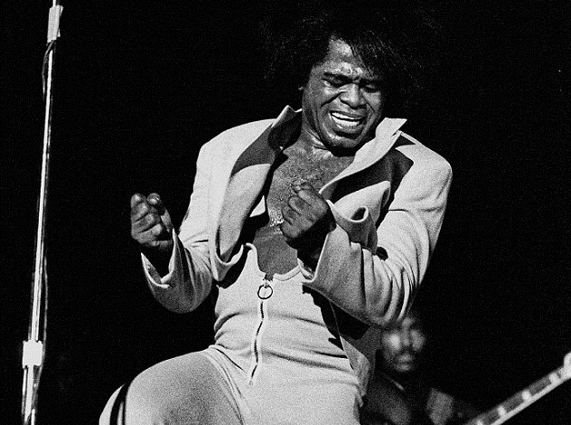 689px-James_Brown_Live_Hamburg_1973_1702730029