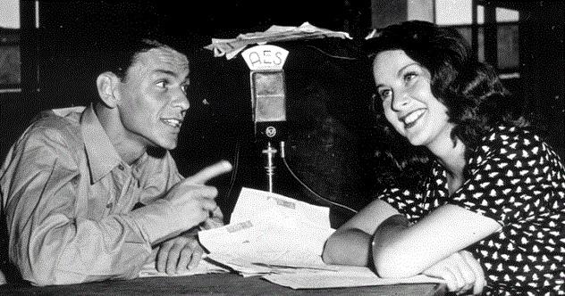 Sinatra_Radio