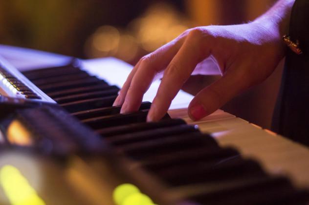 7 piano