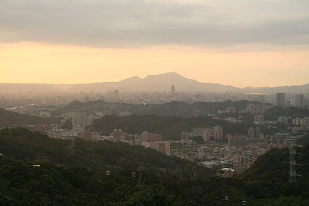 640px-TaipeiViewFromMaokong