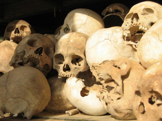 5-skulls-92168481