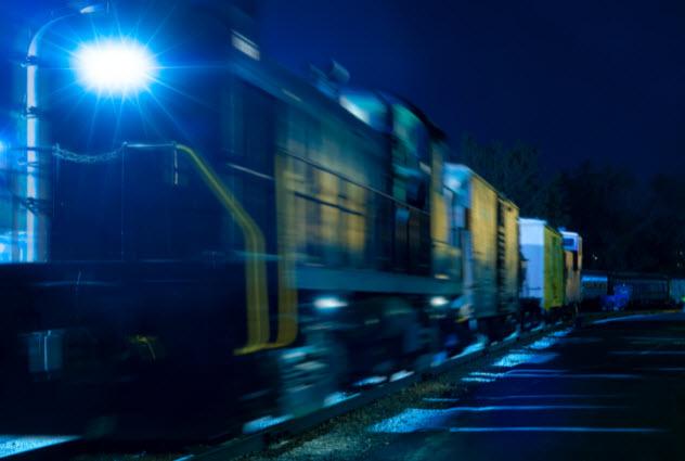 4-train--487228052