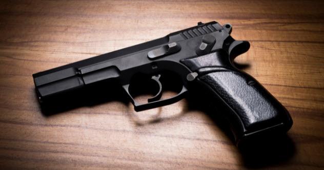 1-handgun-537016557