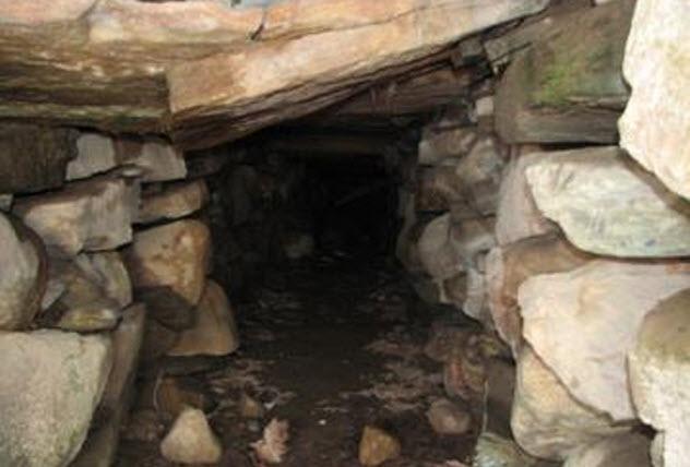 6-stone-chamber