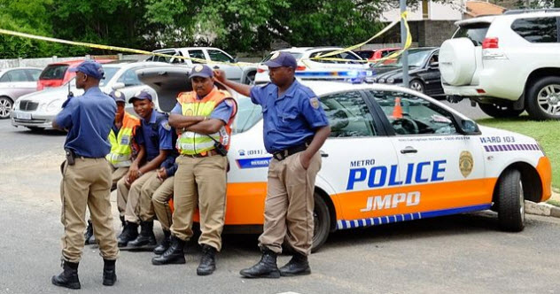 6-south-africa-police
