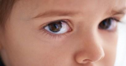 4-orphan-boy_000079732537_Small