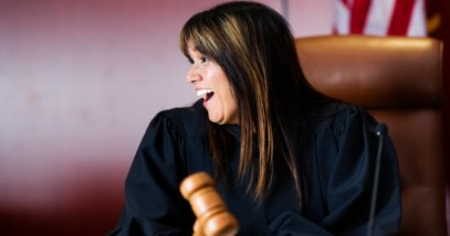 feature-d-judge-laughing_000017672031_Small