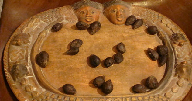 4-divination-tray