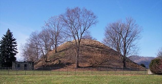640px-Grave_Creek_Mound