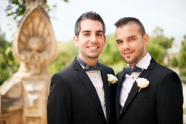 9-gay-marriage_000025287398_Small
