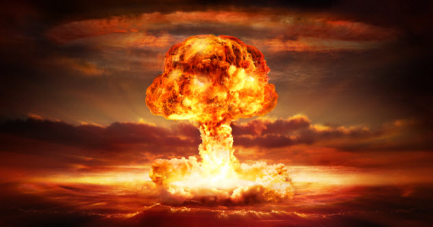 feature-8-nuclear-war_000062089800_Small