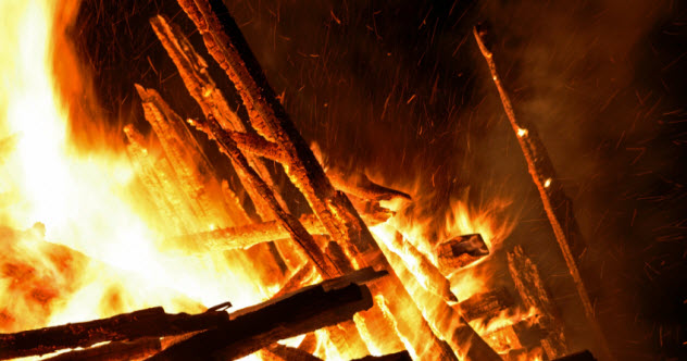 feature-cremation_000030864758_Small