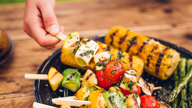 6a-vegetable-kebab_72521037_SMALL