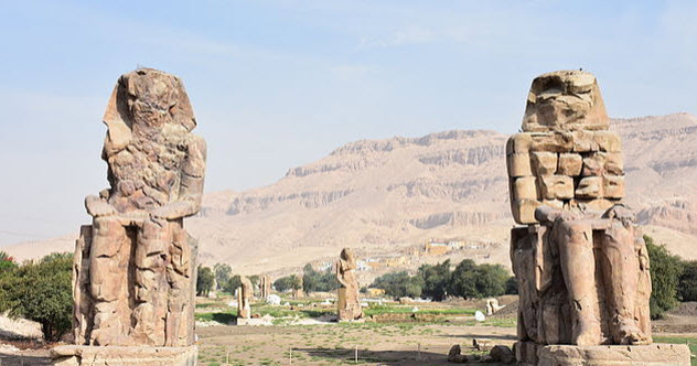 3-colossi-of-memnon