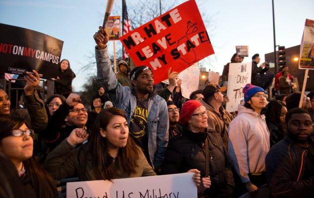 3a-antitrump-protestors_101593429_small