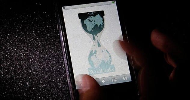 wikileaks-google-assange-fbi