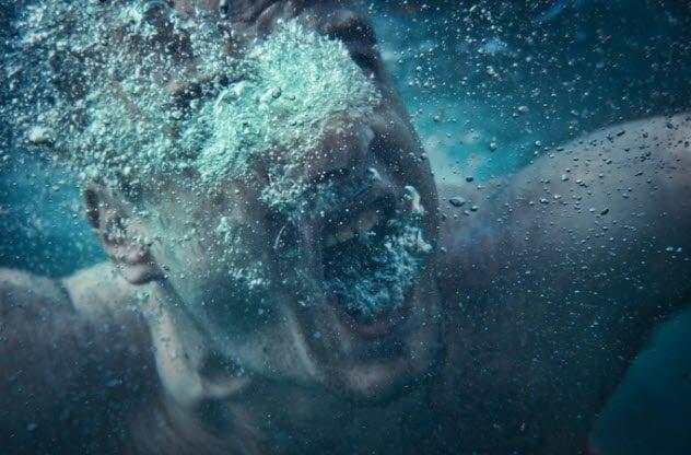 9b-drowning-171156282