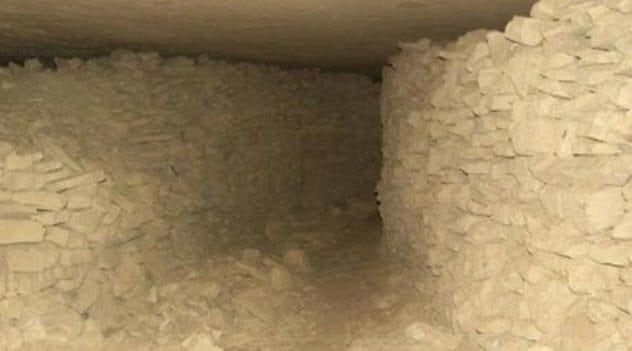 1-gortyn-labyrinth-cave