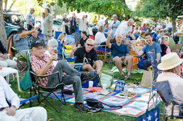 healdsburg music in the park