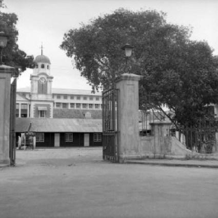 Old Secretariat in Lagos 1954