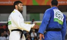 """Na luta contra apartheid, judoca egípcio é """"ouro"""""""