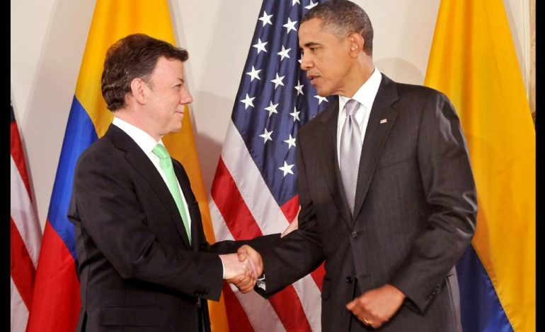 O imperialismo celebra os acordos de paz na Colômbia
