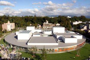 21st century museum in kanazawa