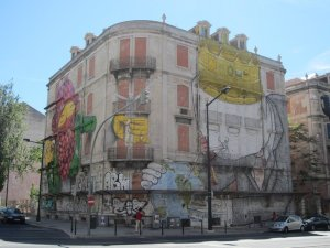 street art lisbon 36