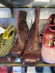vivienne westwood thrift shopping2