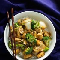 Ginger-Chicken-Stir-Fry-with-Broccoli-5