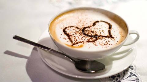 Can you feel the love in this coffee shop? (Photo: MoonFyre Cafe/Facebook.)