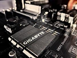 processor-1371357_1280