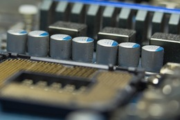 capacitors-1137494_1280