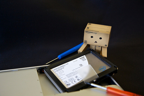 Danbo changes a harddrive