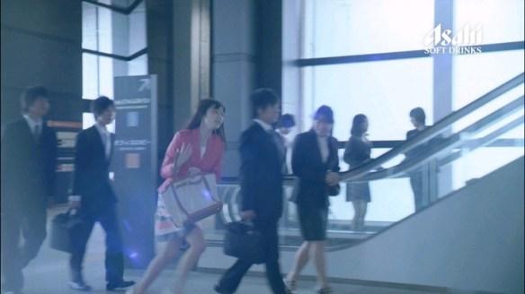 【動画】ぱるる出演の缶コーヒーワンダのCMがヤバイと話題に
