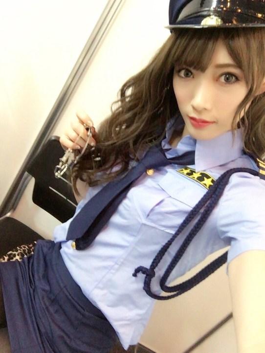 赤井沙希(30)赤井英和の娘がスレンダー美女で意外とエロいww【エロ画像】の画像