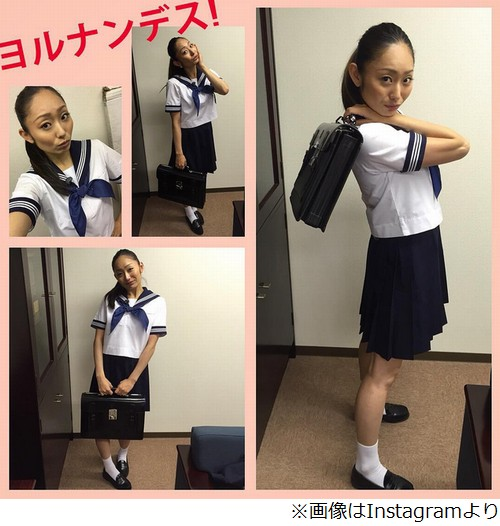 安藤美姫(27歳)がセーラー服姿を披露「ちょっと照れくさいのです…汗」