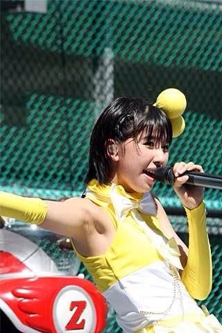 ももクロ黄、玉井詩織ちゃんの腋がくそ綺麗でエロい!!!!!!【画像あり】